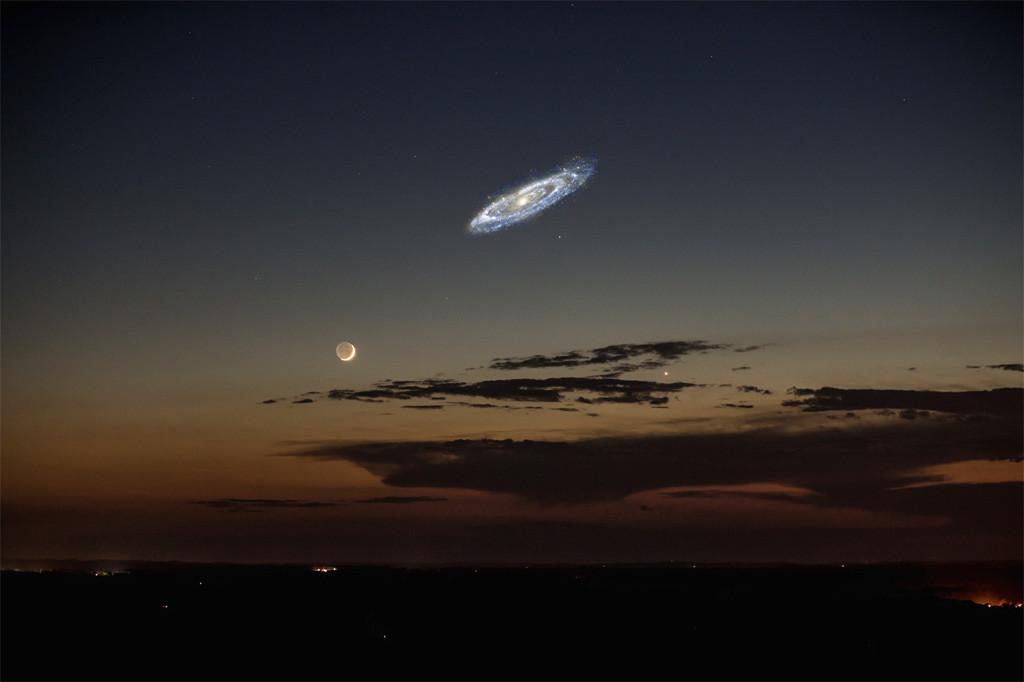 Księżyc i Andromeda